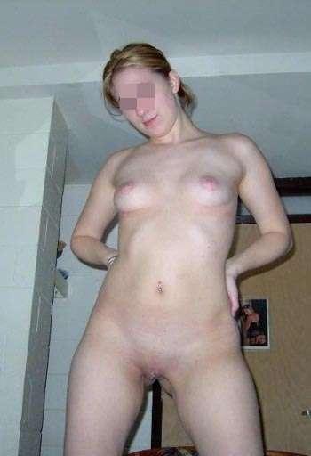Rapport sexuel avec une jolie femelle sur Crosne