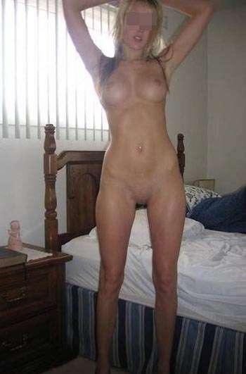 Femme très sexy sur Marnes-la-Coquette pour un homme